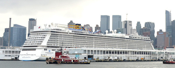 Resolute Foreground  Norwegian Breakaway background A little prospective what