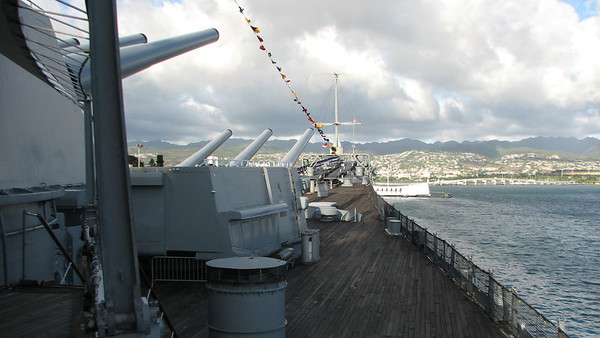 USS MISSOURI BATTLESHIP MEMORIAL NOV 11 2012