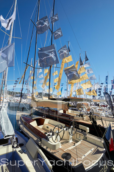 Cannes boatshow 2012