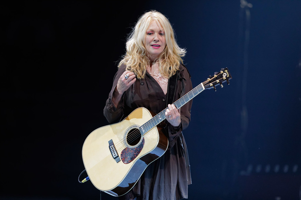 . Nancy Wilson live at The Palace of Auburn Hills  on 9-23-2017. Photo credit: Ken Settle
