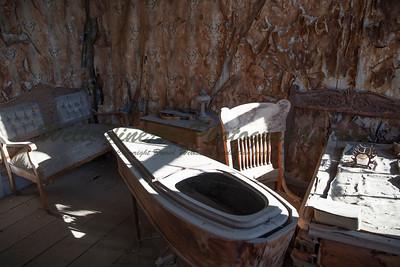 387A8132 Main room in morgue