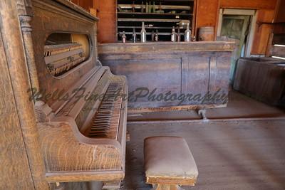 387A8255 Piano & bar