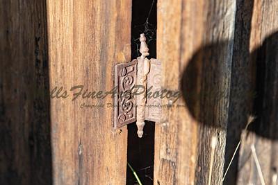 387A8124 Hinge detail