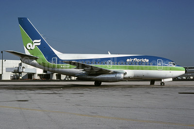 Air Florida's original 737-100s came from Singapore Airlines
