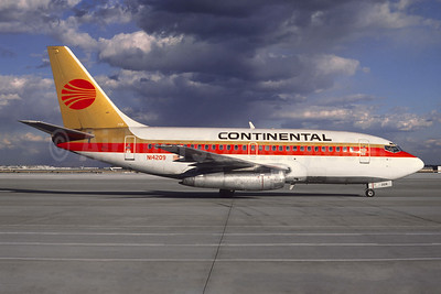 Continental Airlines Boeing 737-130 N14209 (msn 19026) (Jacques Guillem Collection). Image: 945867.