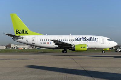airBaltic Boeing 737-522 YL-BBQ (msn 26691) BRU (Ton Jochems). Image: 937387.