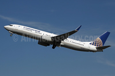 Continental Airlines Boeing 737-924 ER WL N37419 (msn 31666) ANC (Michael B. Ing). Image: 907649.