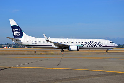Alaska Airlines Boeing 737-990 WL N317AS (msn 30856) SEA (Bruce Drum). Image: 102114.