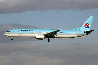 Korean Air Boeing 737-9B5 HL7726 (msn 30001) PEK (Michael B. Ing). Image: 907818.
