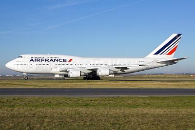 Air France Boeing 747-428 F-GITF (msn 25602) CDG (Ole Simon). Image: 911990.