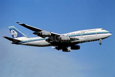 Air New Zealand Boeing 747-419 ZK-NBS (msn 24386) LHR (Antony J. Best). Image: 936694.