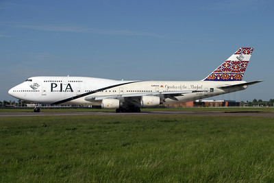 PIA (Pakistan International Airlines) Boeing 747-367 AP-BFW (msn 23221) LHR (Antony J. Best). Image: 900688.