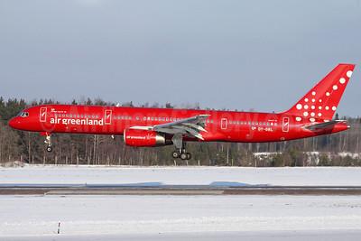 Air Greenland Boeing 757-236 OY-GRL (msn 25620) ARN (Stefan Sjogren). Image: 902272.