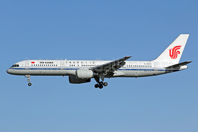 Air China Boeing 757-2Z0 B-2820 (msn 25885) PEK (Michael B. Ing). Image: 907452.