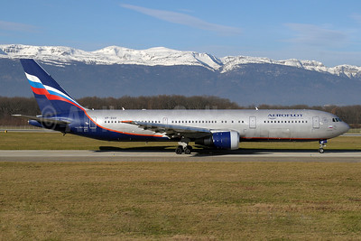 Aeroflot Russian Airlines Boeing 767-36N ER VP-BAV (msn 30107) GVA (Paul Denton). Image: 911587.