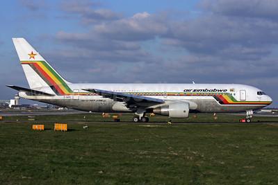 Air Zimbabwe Boeing 767-2N0 ER Z-WPE (msn 24713) LGW (Antony J. Best). Image: 901993.