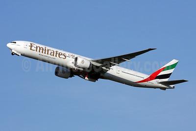 Emirates Airline Boeing 777-31H ER A6-ECQ (msn 35588) ZRH (Andi Hiltl). Image: 909923.