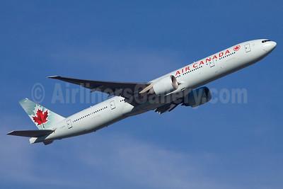 Air Canada Boeing 777-333 ER C-FITL (msn 35256) FRA (Ole Simon). Image: 911867.
