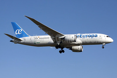 "Air Europa's first Boeing 787-8 with special Pope Francis' ""Scholas"" project markings"
