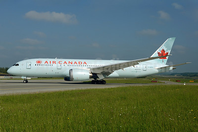 Air Canada's first Boeing 787 visits Zurich for the first time