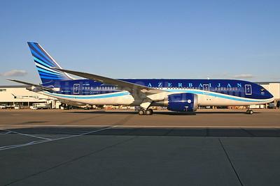 Azerbaijan Airlines Boeing 787-8 Dreamliner VP-BBR (msn 37920) LHR (SPA). Image: 927908.