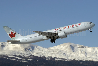 Air Canada Boeing 767-375 ER C-FXCA (msn 24574) GVA (Paul Denton). Image: 905902.