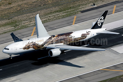 Air New Zealand Boeing 777-319 ER ZK-OKO (msn 38407) (Hobbit - Smaug) LAX (Wingnut). Image: 922448.