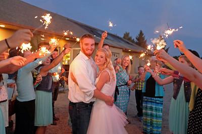 Megan and Ashton married at Sandstone Vineyards in Kuna Idaho