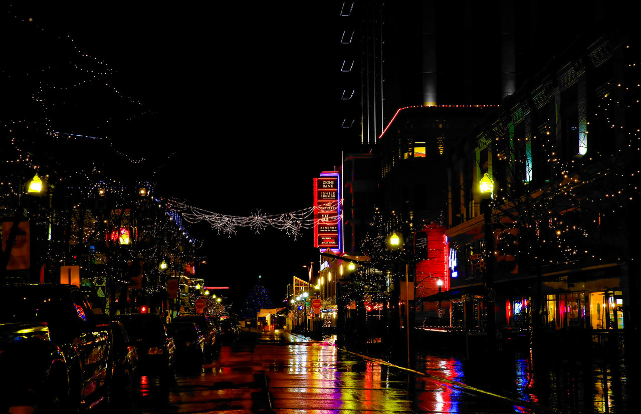 Christmas on 8th Street
