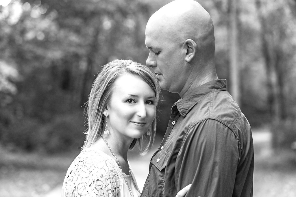 Justin and Michelle E-Session-24b&w