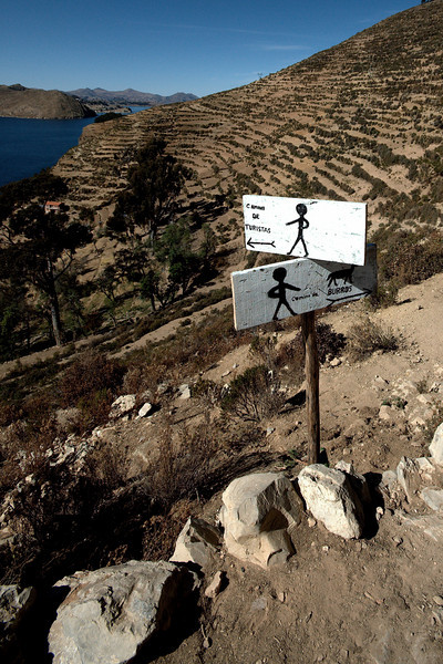 There are no roads or vehicles on Isla del Sol
