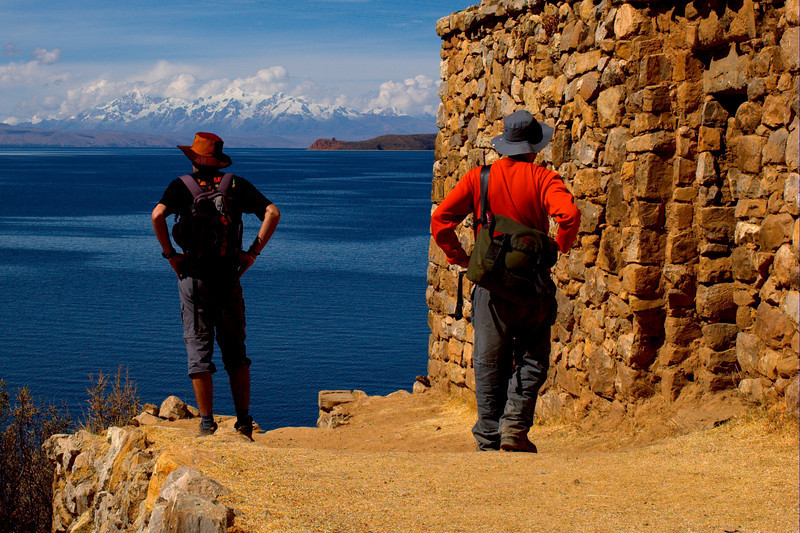 Xavier and Yann admire the spectacular views from the Palacio del Inca