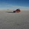 "Truck - salt flat - Salar de Uyuni <a href=""http://nomadicsamuel.com"">http://nomadicsamuel.com</a>"