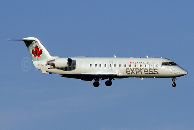 Air Canada Express-Jazz Aviation Bombardier CRJ200 (CL-600-2B19) C-GNJA (msn 8004) DCA (Brian McDonough). Image: 920041.