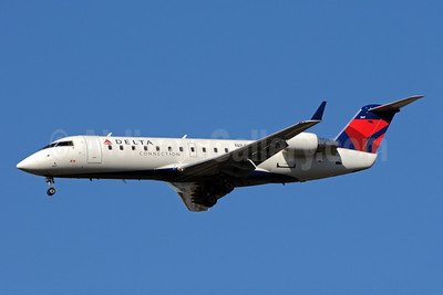 Delta Connection-ASA (Atlantic Southeast Airlines) Bombardier CRJ200 (CL-600-2B19) N847AS (msn 7335) ATL (Bruce Drum). Image: 101236.