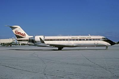 Delta Connection-Comair Bombardier CRJ100 (CL-600-2B19) N951CA (msn 7091) MIA (Bruce Drum). Image: 103310.