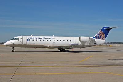Continental Express-Chautauqua Airlines Bombardier CRJ200 (CL-600-2B19) N648BR (msn 7406) IAH (Jeffrey S. DeVore). Image: 905420.