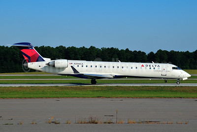 Delta Connection-GoJet Airlines Bombardier CRJ700 (CL-600-2C10) N390CA (msn 10106) RDU (Ken Petersen). Image: 921128.