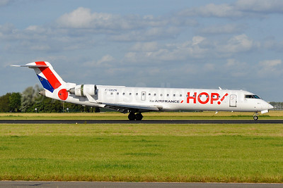 Hop! For Air France Bombardier CRJ700 (CL-600-2C10) F-GRZN (msn 10264) AMS (Ton Storck). Image: 939600.