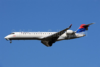 Delta Connection-ASA (Atlantic Southeast Airlines) Bombardier CRJ700 (CL-600-2C10) N752EV (msn 10066) ATL (Bruce Drum). Image: 101247.