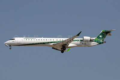 Iraqi Airways Bombardier CRJ900 (CL-600-2D24) YI-AQE (msn 15265) DXB (Paul Denton). Image: 921998.