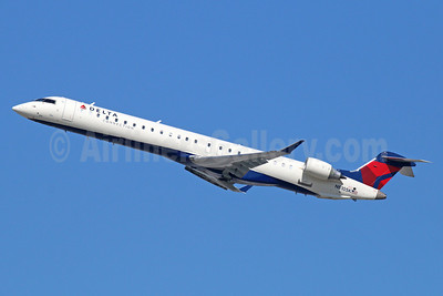 Delta Connection-SkyWest Airlines Bombardier CRJ900 (CL-600-2D24) N810SK (msn 15093) LAX (Michael B. Ing). Image: 920990.