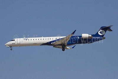 Iraqi Airways Bombardier CRJ900 (CL-600-2D24) YI-AQA (msn 15189) DXB (Ole Simon). Image: 907746.