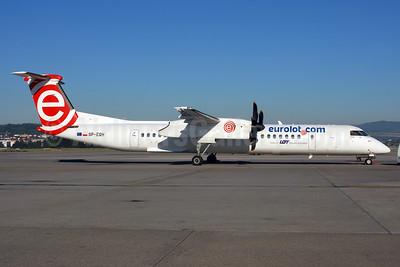 EuroLOT (eurolot.com) Bombardier DHC-8-402 (Q400) SP-EQH (msn 4424) ZRH (Rolf Wallner). Image: 913143.