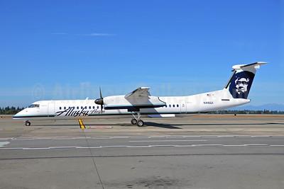 Alaska Horizon (Horizon Air) Bombardier DHC-8-402 (Q400) N416QX (msn 4083) SEA (Bruce Drum). Image: 102096.
