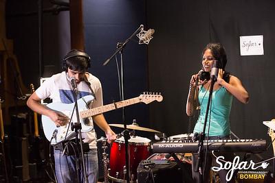 Sofar Sounds Bombay | Smalltalk, Abhinab Dan, iblinkwhenithink | 04 30 2017-13