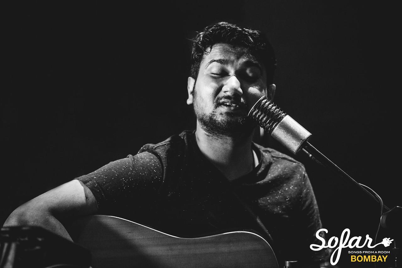 Sofar Sounds Bombay | Smalltalk, Abhinab Dan, iblinkwhenithink | 04 30 2017-50