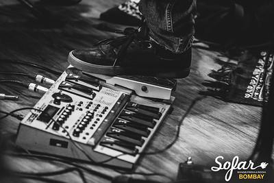 Sofar Sounds Bombay | Smalltalk, Abhinab Dan, iblinkwhenithink | 04 30 2017-7