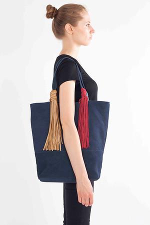 Monseratt.Fashion.to Peter