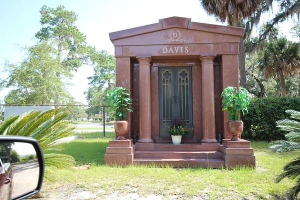 Bonadventure Cemetery